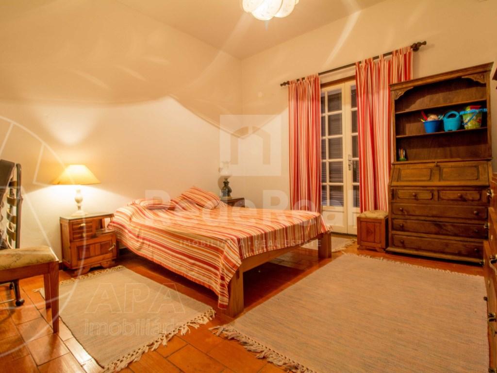 4 Pièces + 3 Chambres intérieures Maison in Moncarapacho e Fuseta (17)