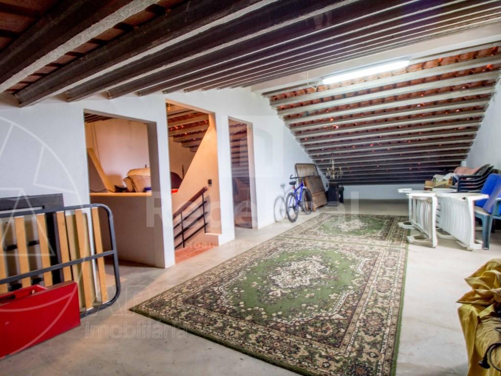 4 Pièces + 3 Chambres intérieures Maison in Moncarapacho e Fuseta (20)