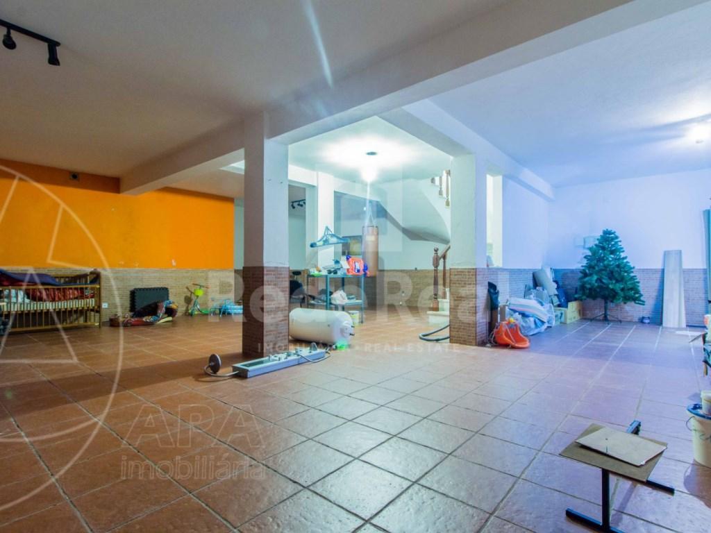 4 Bedrooms Terraced House  in Quinta João de Ourém (21)