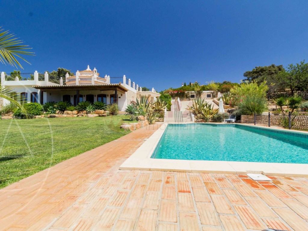 Incredible 5 bedroom vila sea view swimming pool Faro  (1)