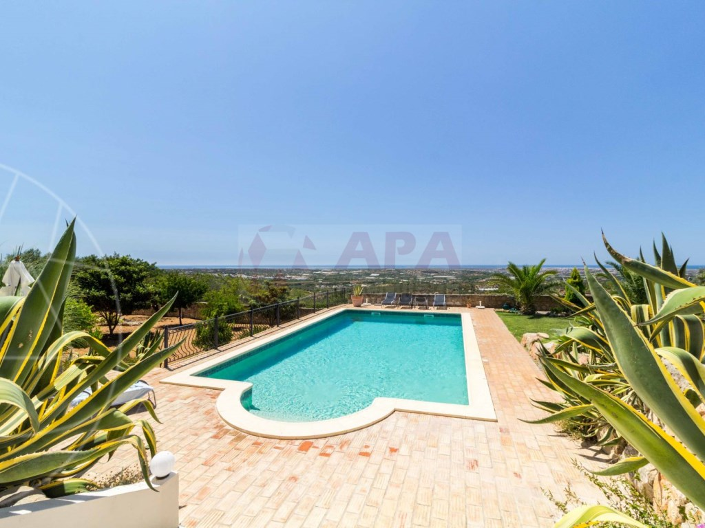 Incredible 5 bedroom vila sea view swimming pool Faro  (5)