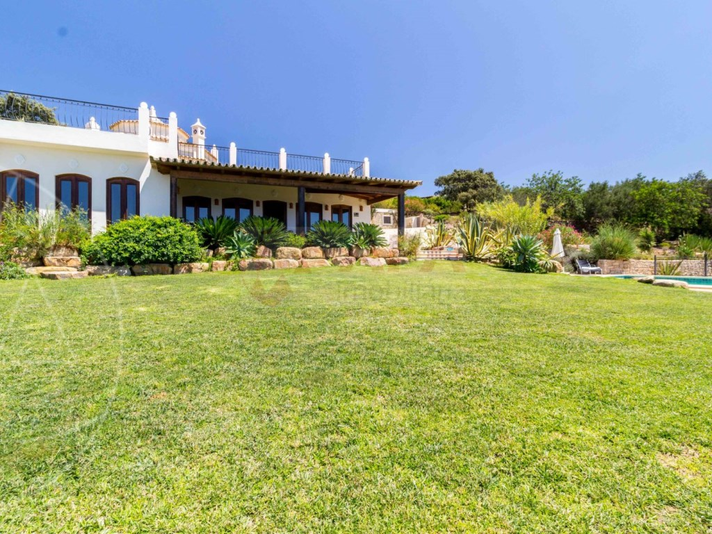 Incredible 5 bedroom vila sea view swimming pool Faro  (27)