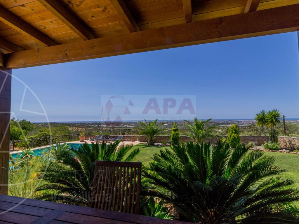 Incredible 5 bedroom vila sea view swimming pool Faro  (29)