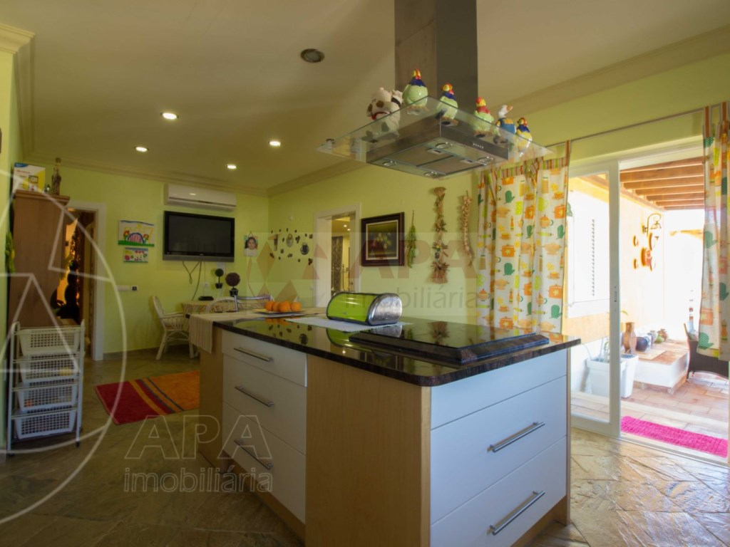 4 bedrooms villa  in Conceição  (32)