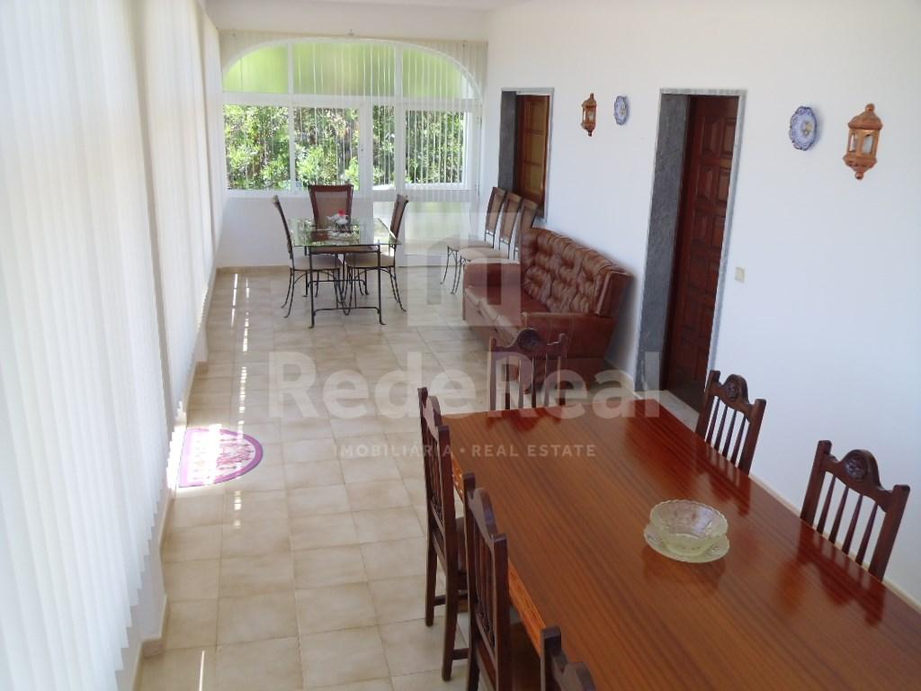 House in Santa Barbara de Nexe (3)