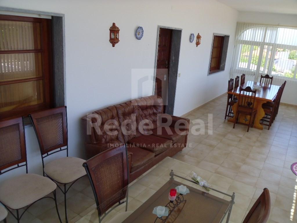 House in Santa Barbara de Nexe (4)