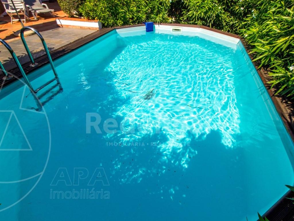 4 bedroom villa with pool in Santa Bárbara de Nexe (4)