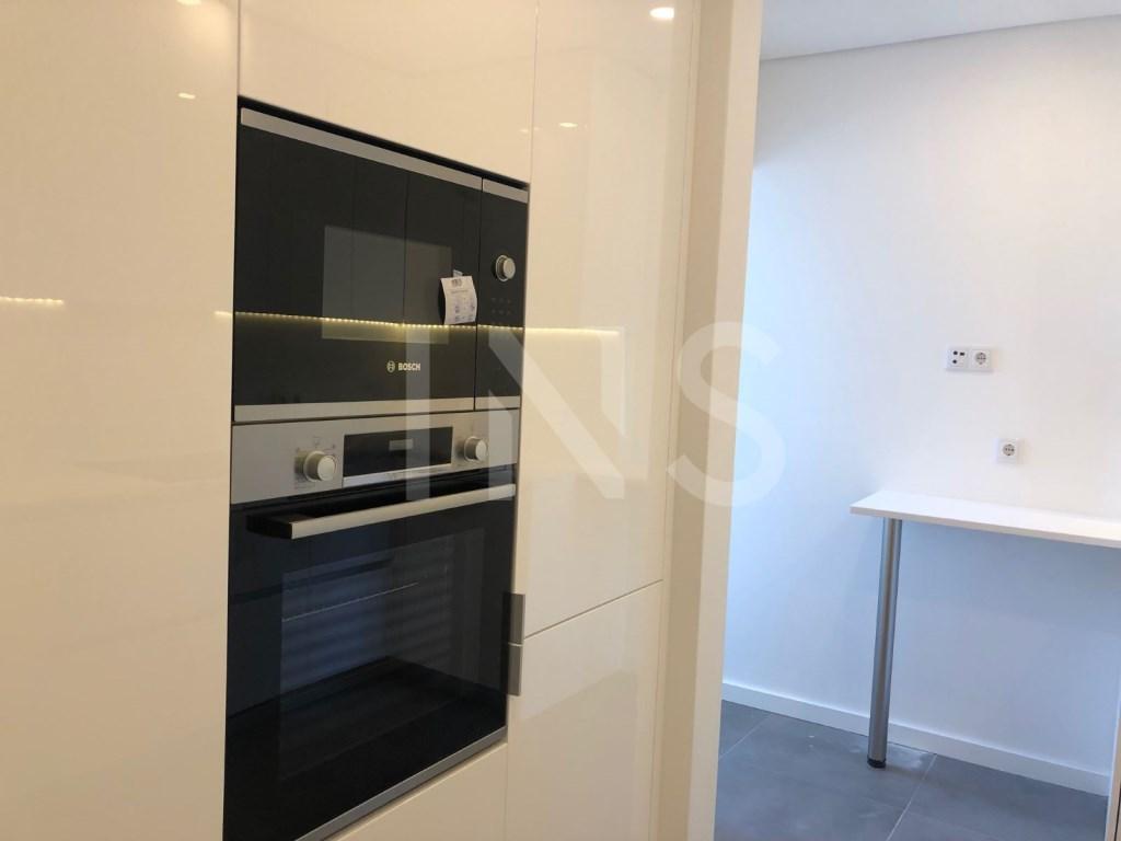 2 bed Apartment in Cascais E Estoril image 7