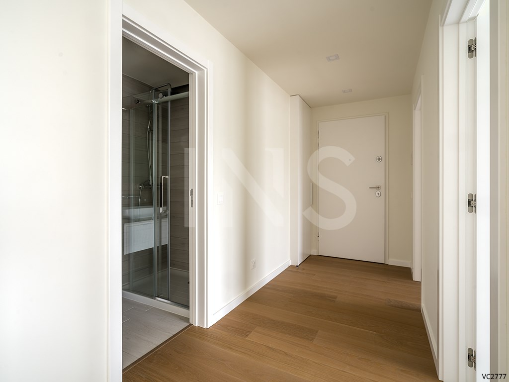 1 bed Apartment in Carcavelos E Parede image 4