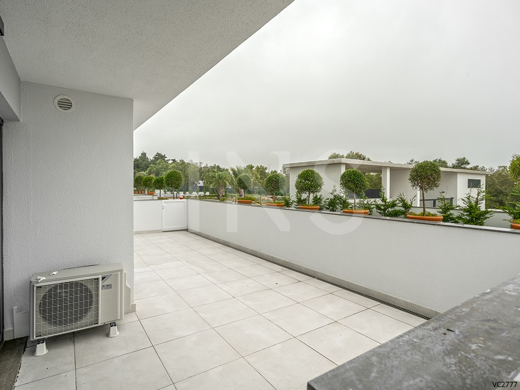 1 bed Apartment in Carcavelos E Parede image 7
