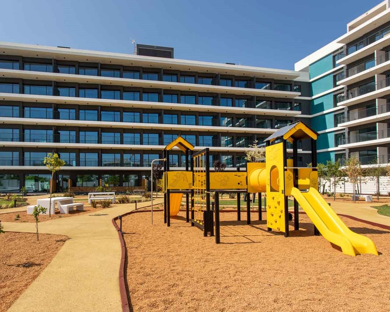 Lux-Garden-Faro_Fachada-playground