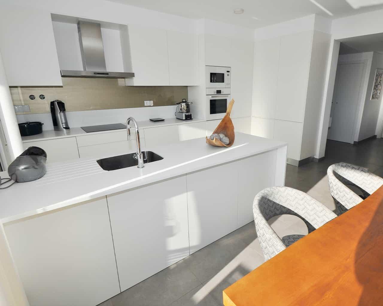 apartement-albufeira-kitchen