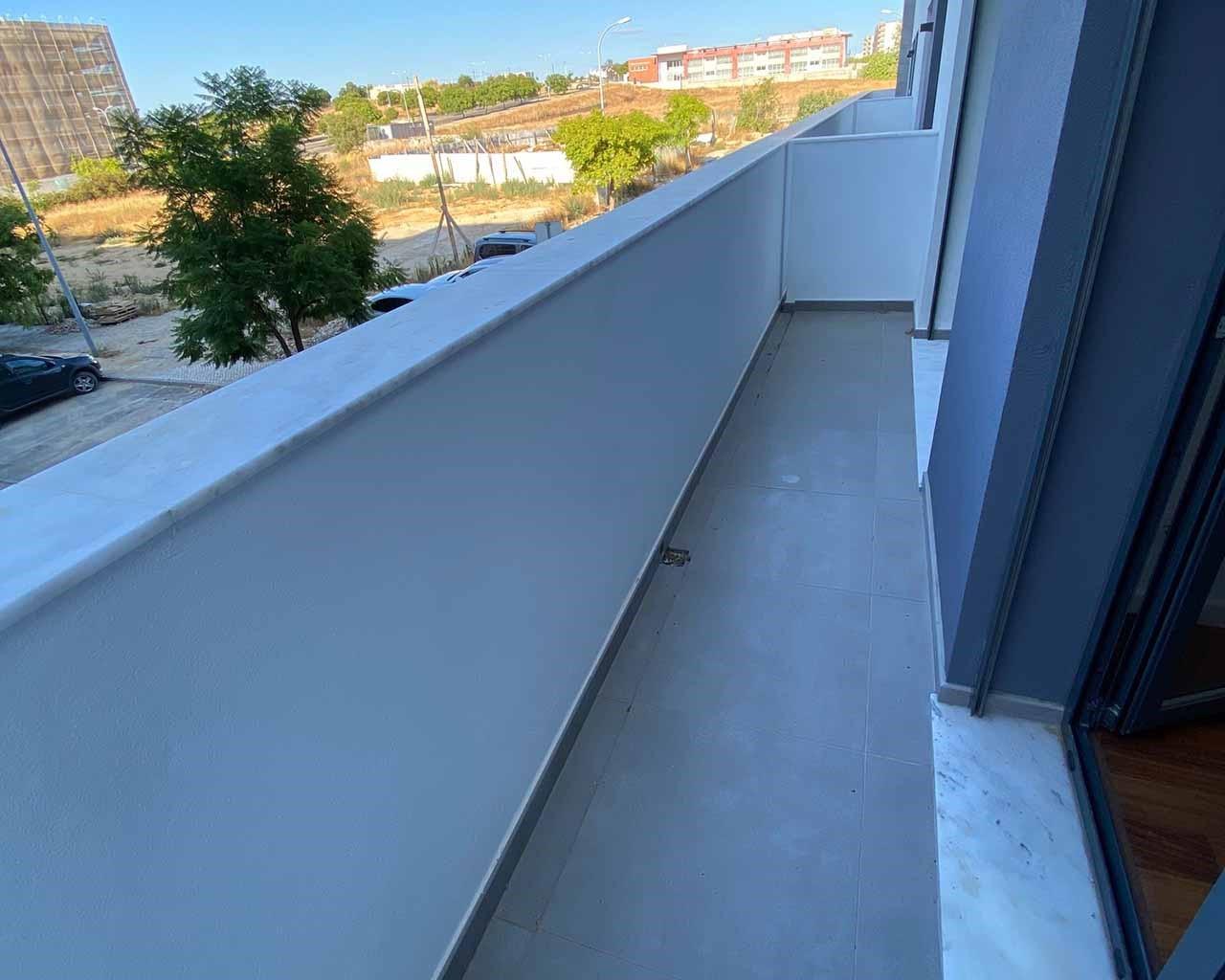 Faro-Lux_Terrace - Balcony_Chambres