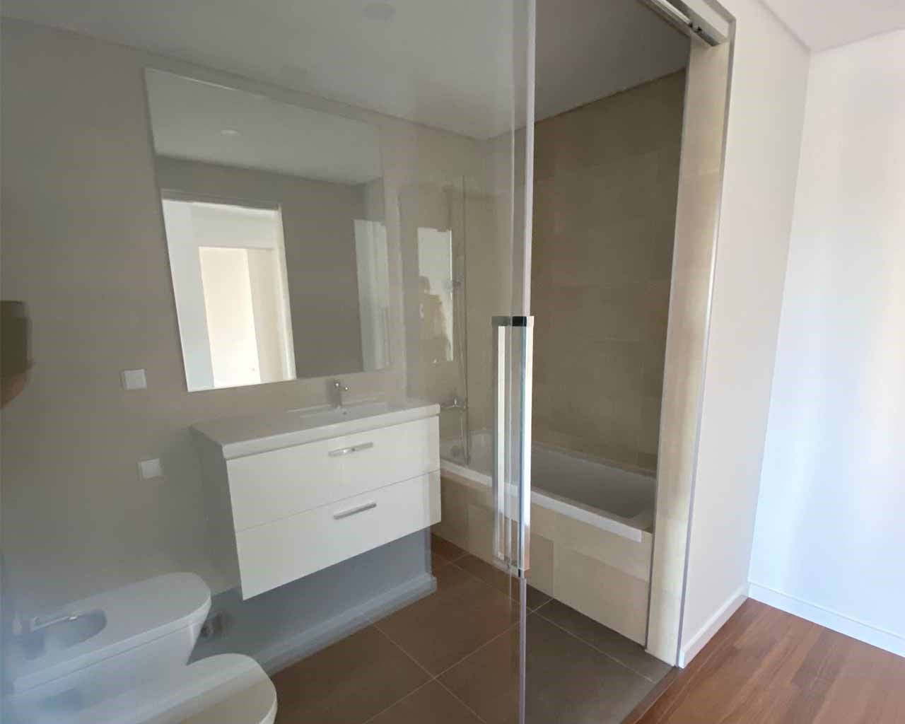 Faro-Lux_Terrace - Bathroom_Suite