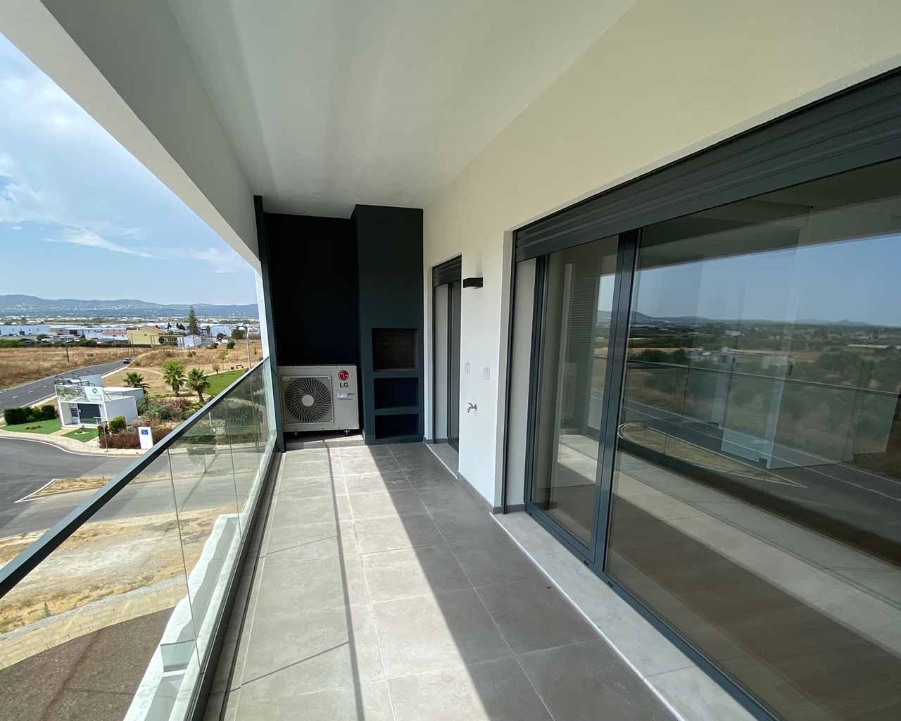 Faro-T3-Lux_Terrace-Balcon