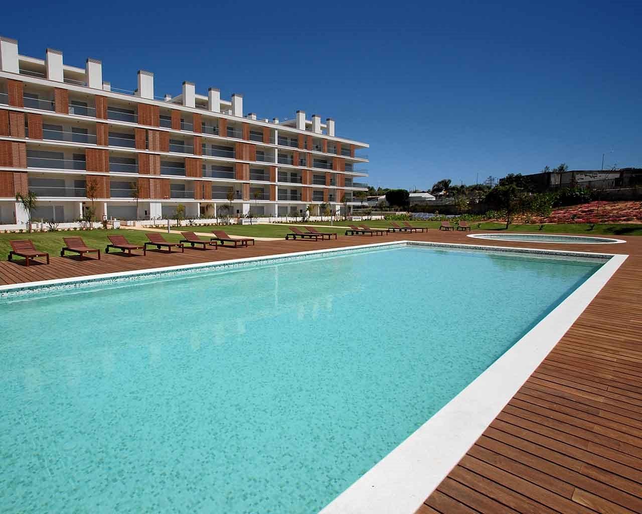 AGA_piscina