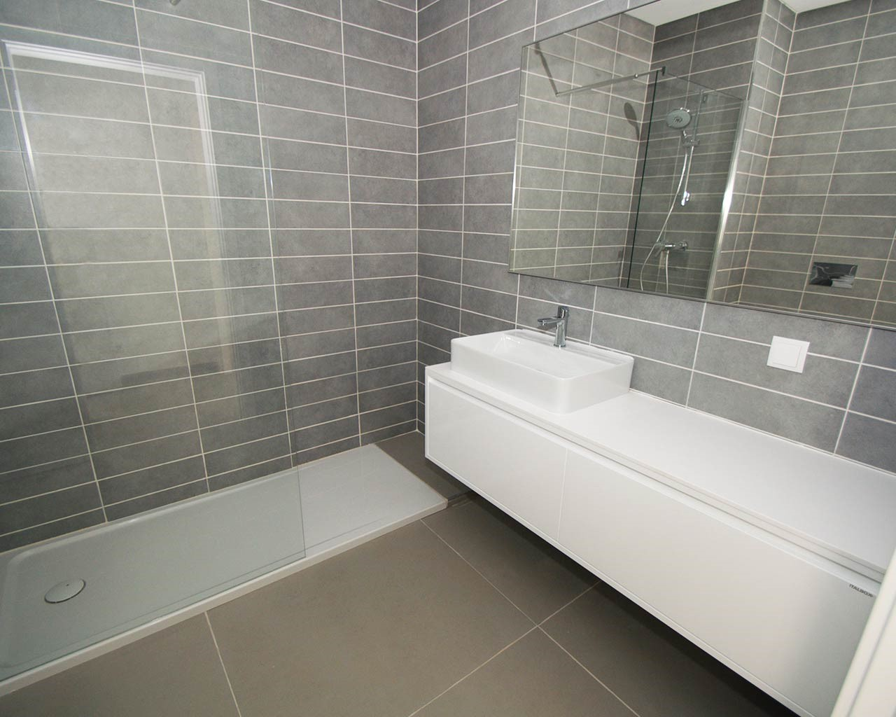 ferragudo-design-villas-bathroom