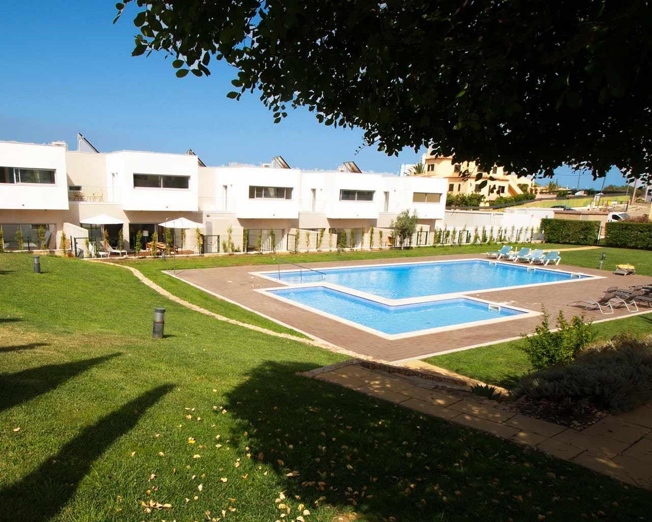 ferragudo-design-villas-piscine