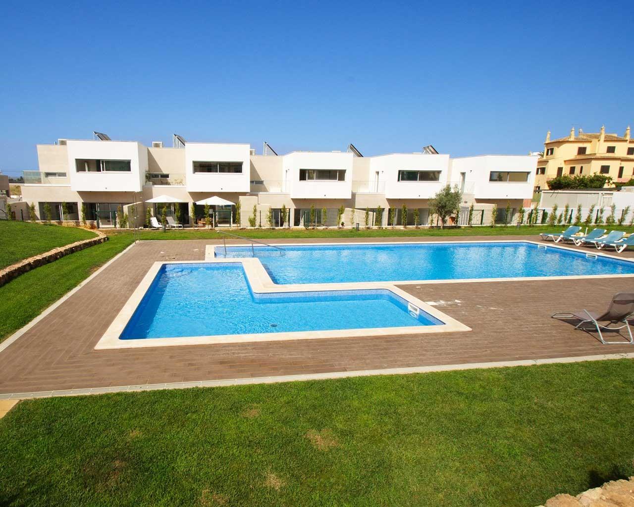 ferragudo-design-villas-pool