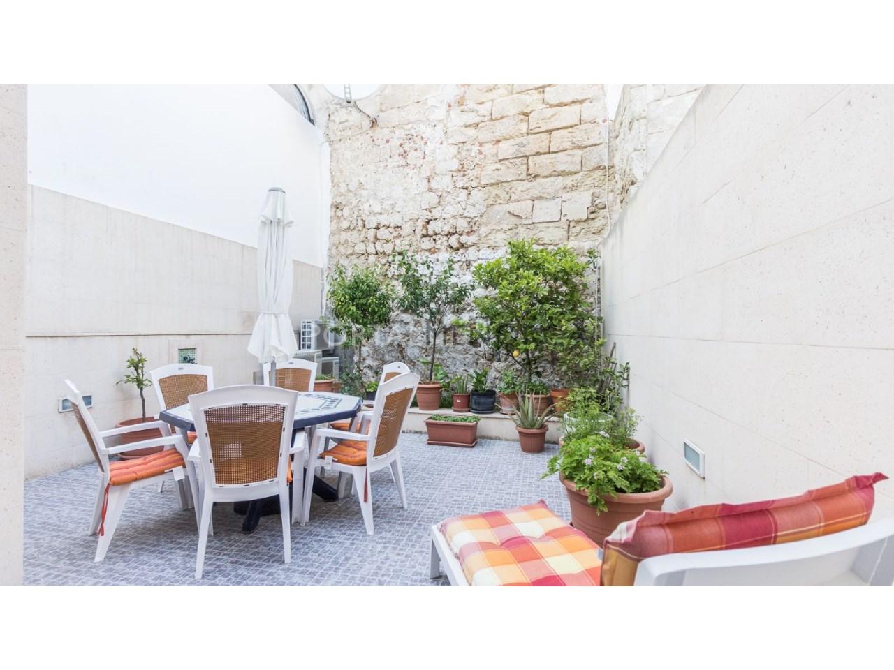 casa con patio en el centro historico de Mahon (8 de 12)