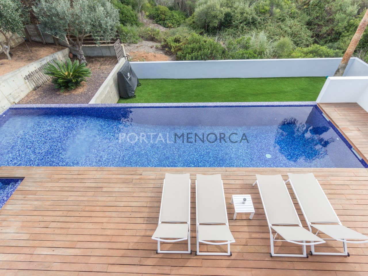 villa with swimming pool in cala Llonga, Menorca (10 de 23)
