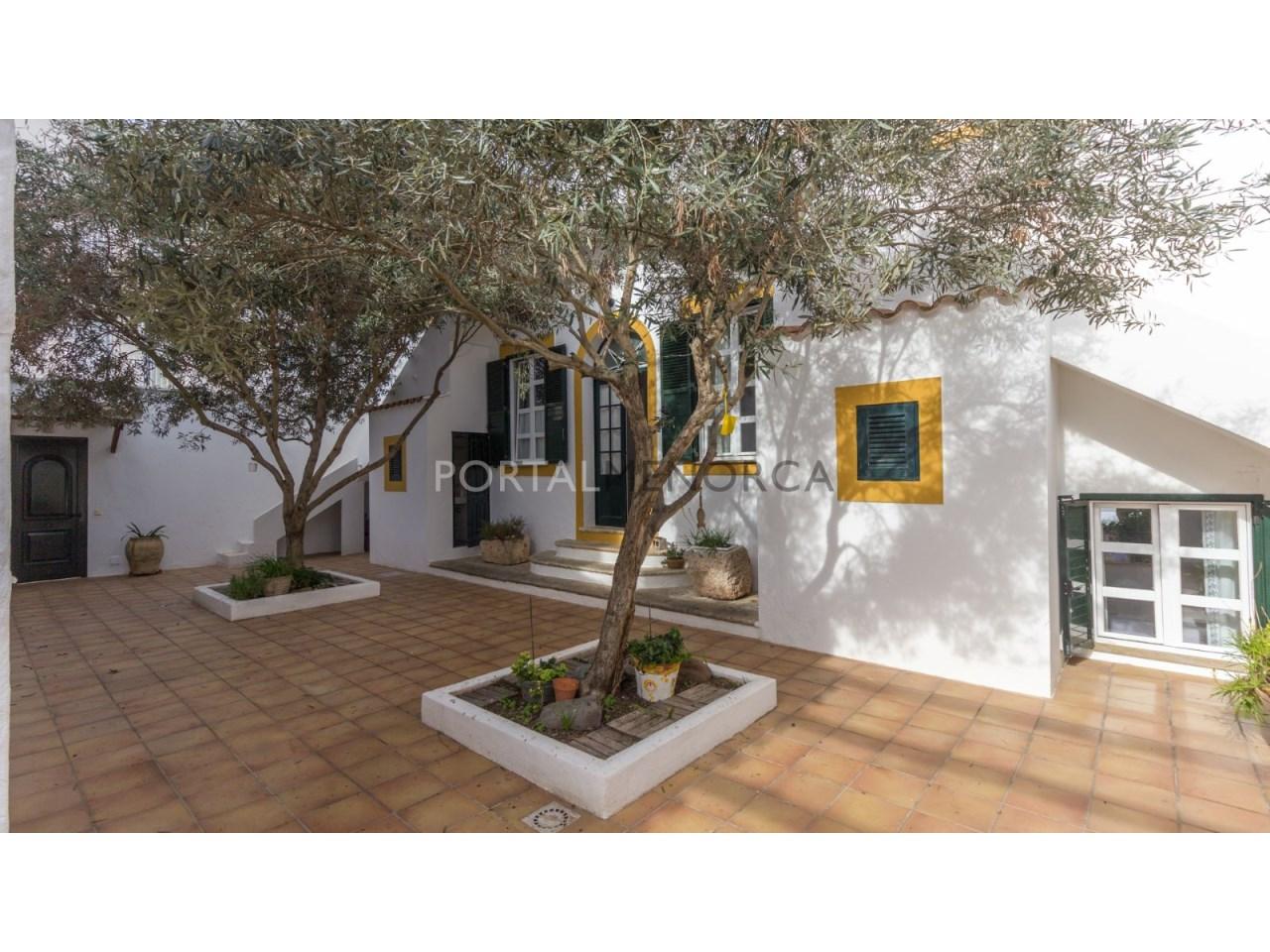 casa con jardin en Es Castell (1 de 38)