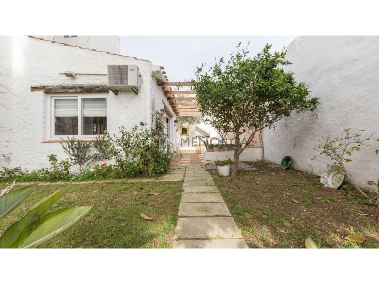 casa con jardin en Es Castell 2 (5 de 6)