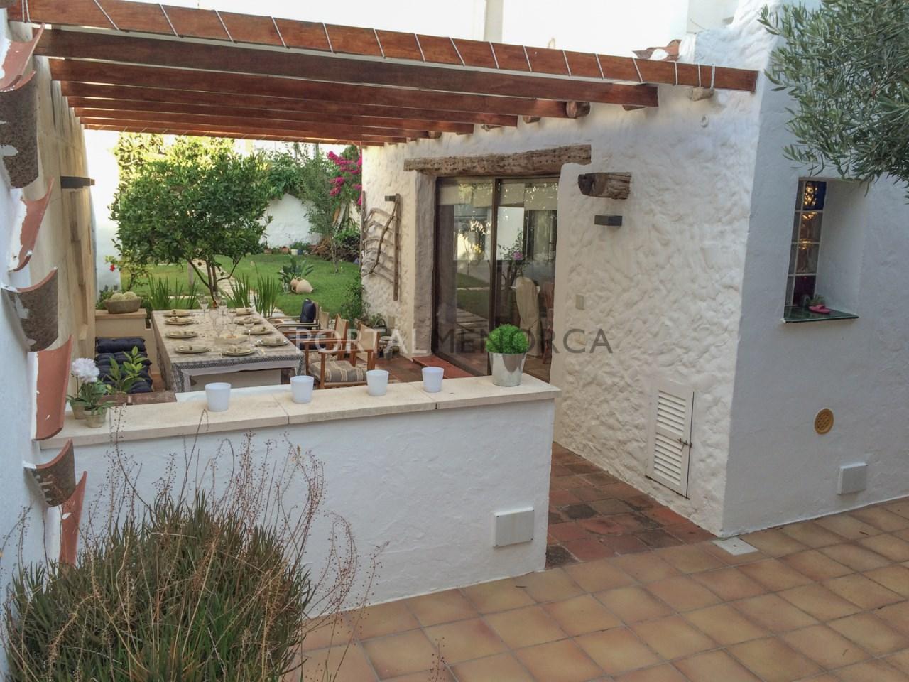 Casa con patio en es Castell (1 de 5)