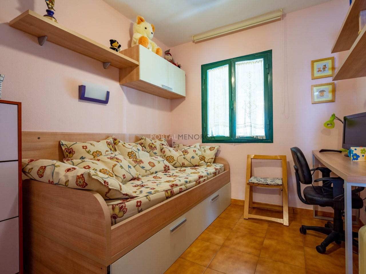 apartamento vistas mar es castell (2)