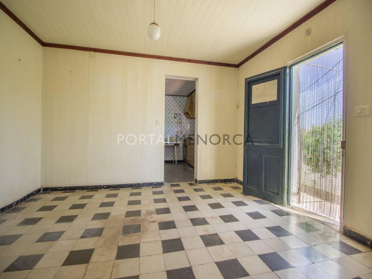 Re_ 2 recibidores y salones casa en venta en sant lluís (2)