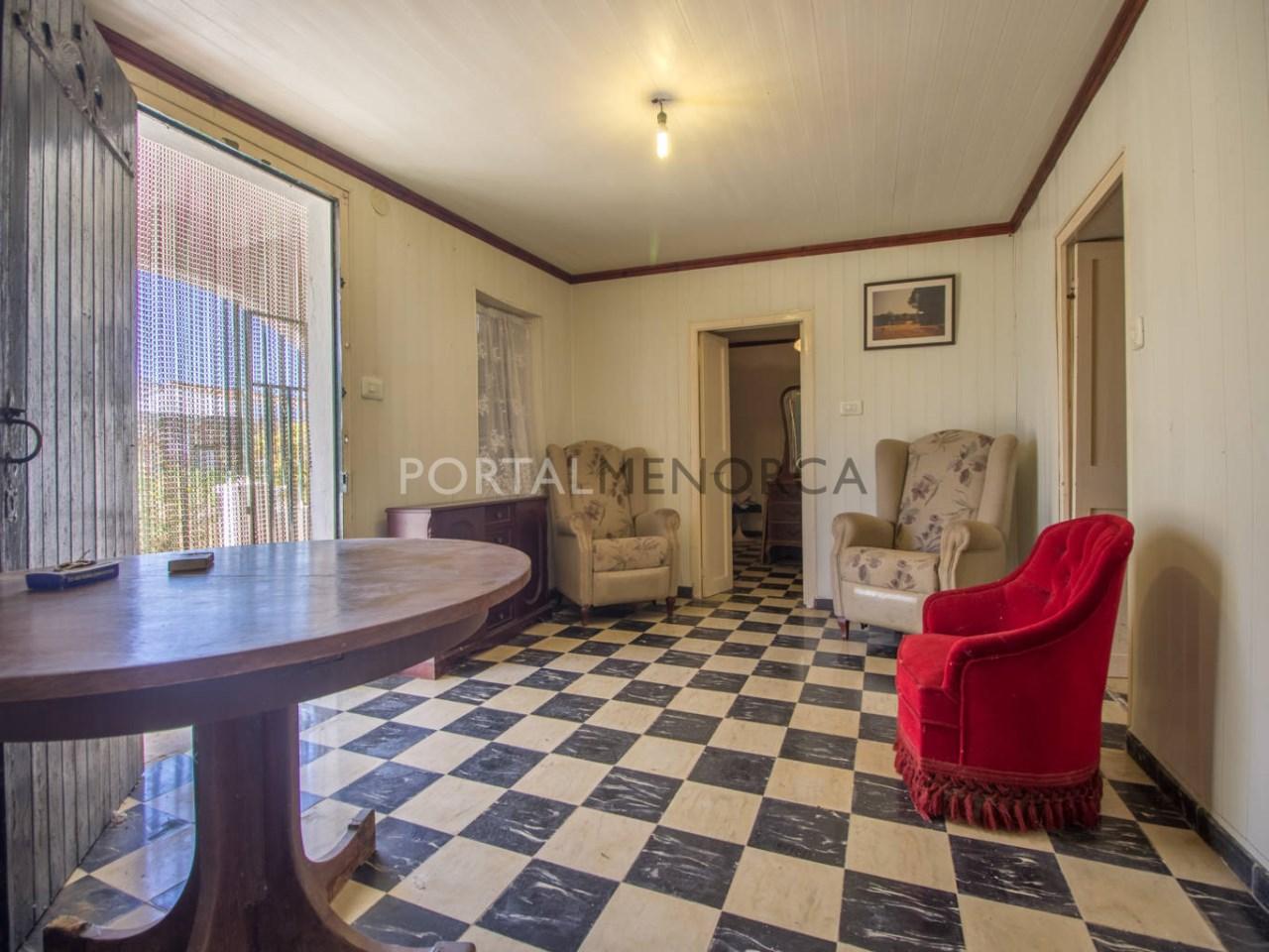 Re_ 2 recibidores y salones casa en venta en sant lluís (4)