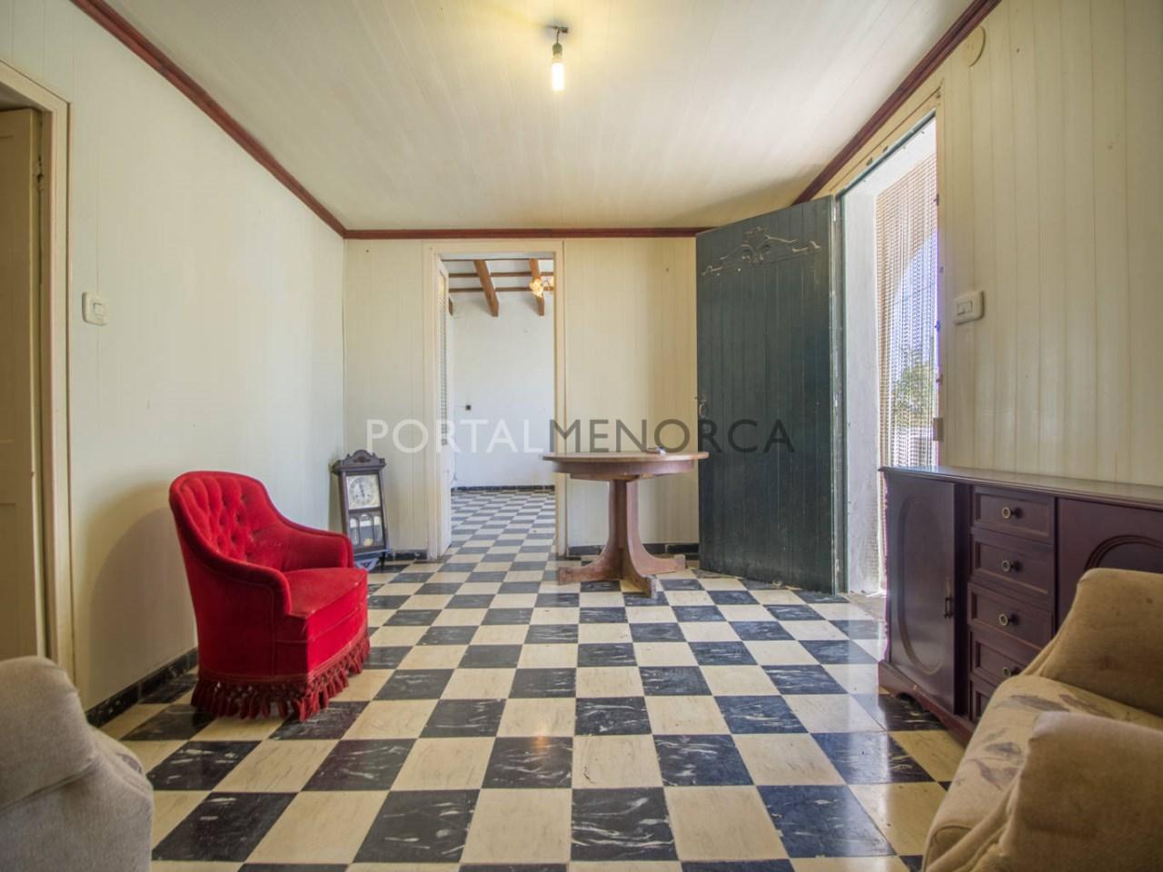 Re_ 2 recibidores y salones casa en venta en sant lluís (5)