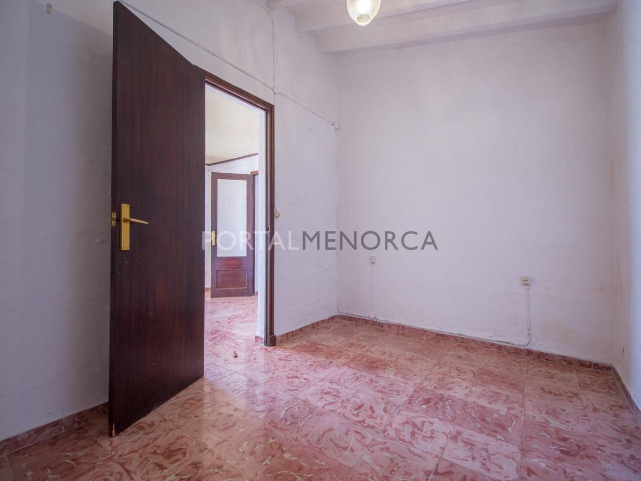 Re_ 7 habitaciones y dormitorios plnata piso (3)