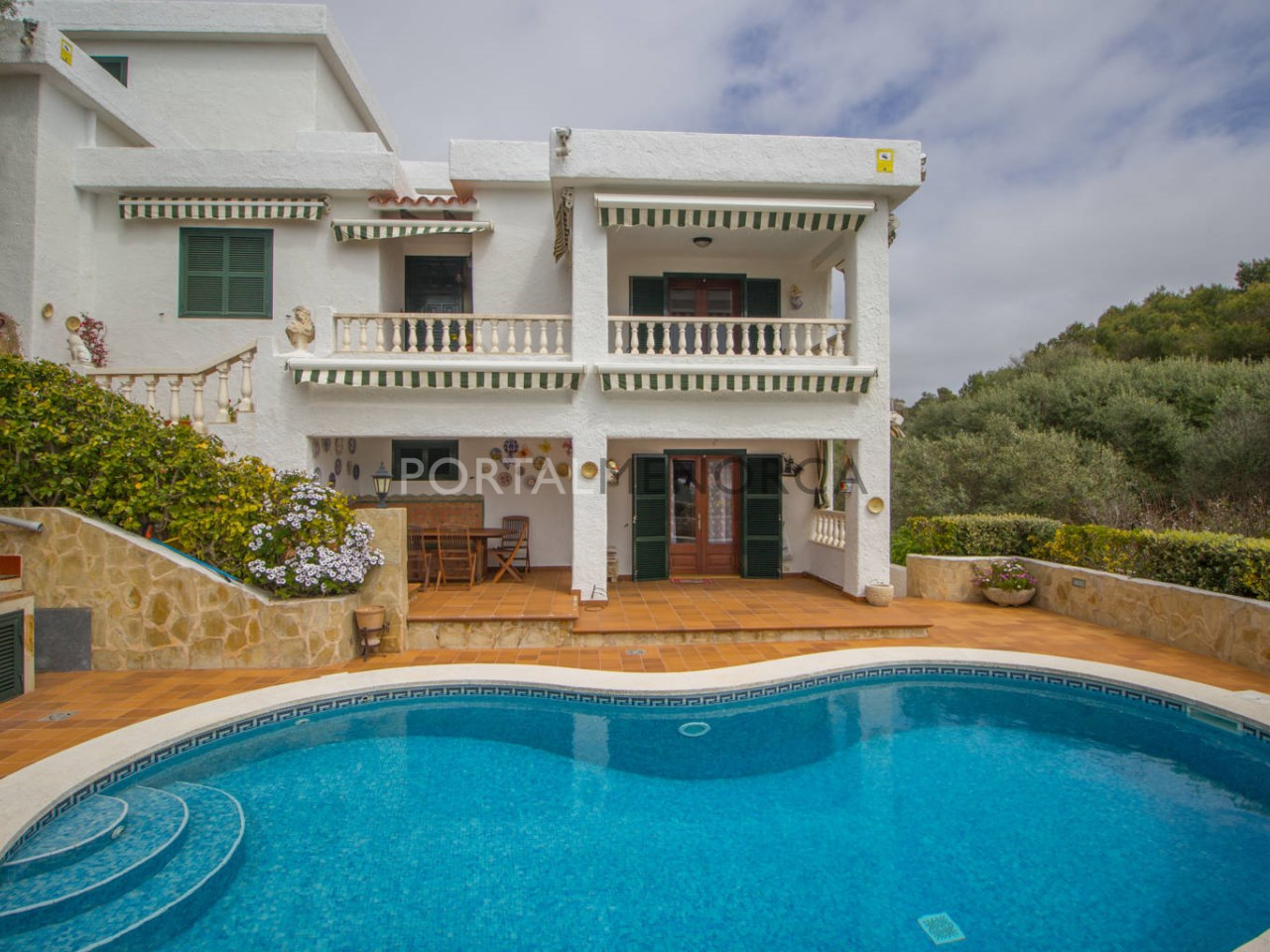 House for sale in Binibeca with swimming pool and sea view