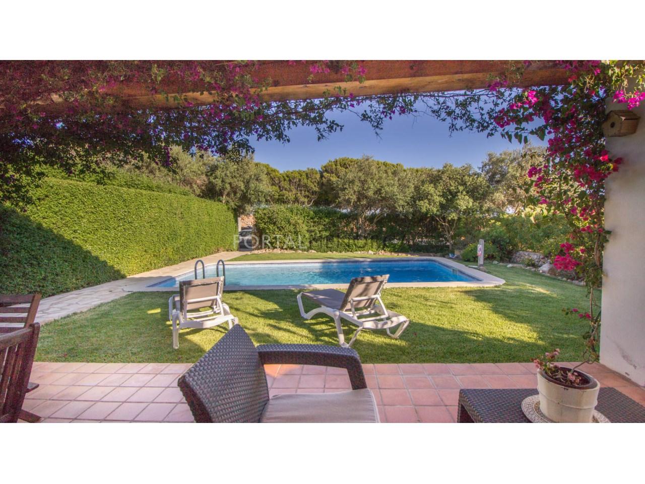 Chalet en vente con terraza cubierta en venta en Menorca