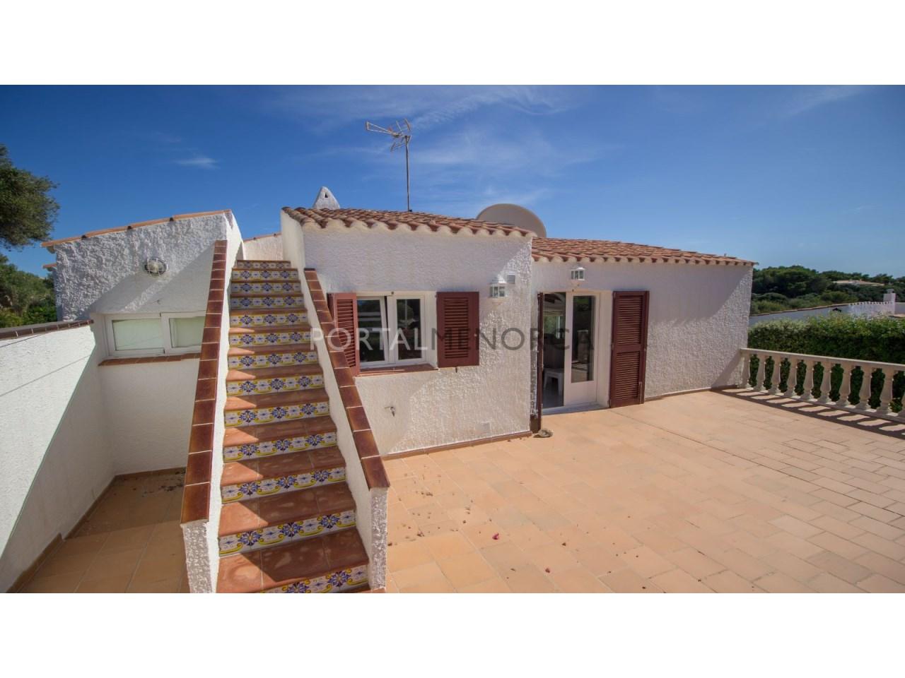 Villa for sale in Menorca next to the sea