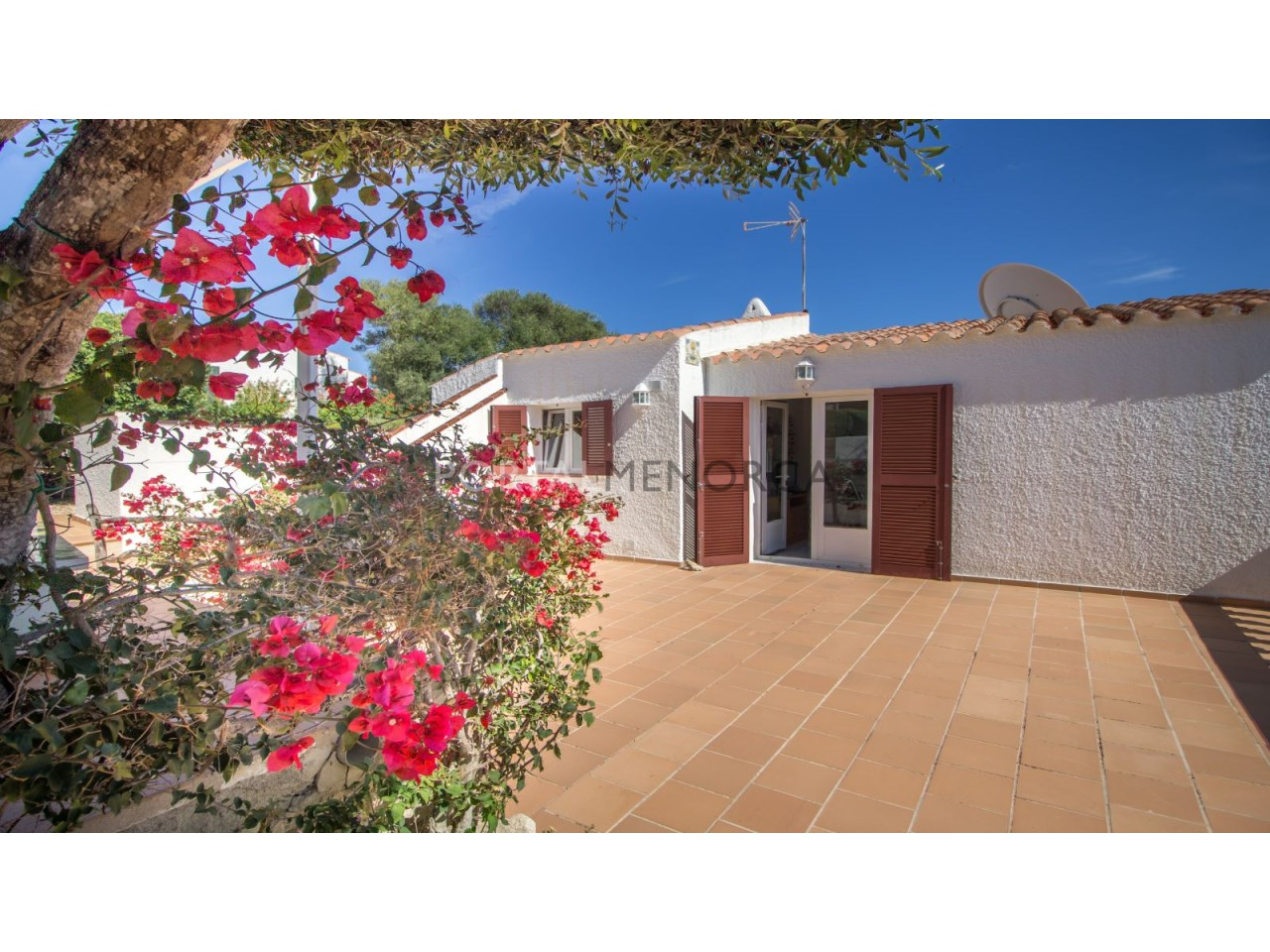 House for sale in Menorca with community pool y big terrace