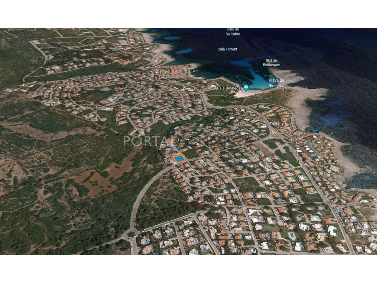 Plot of land by the beach for sale in Binibeca Nou