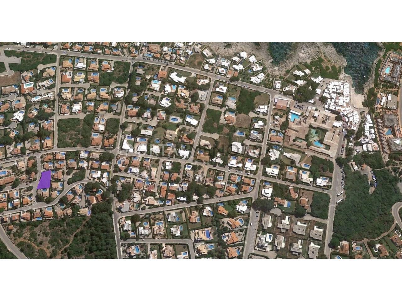 Parcela edificable cerca del mar en venta en la costa sur de Menorca