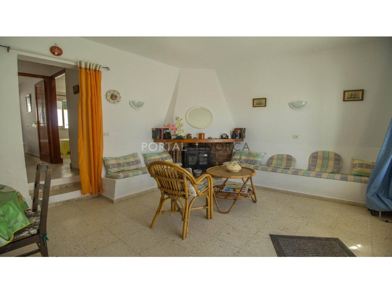 Apartment by the sea for sale in Menorca