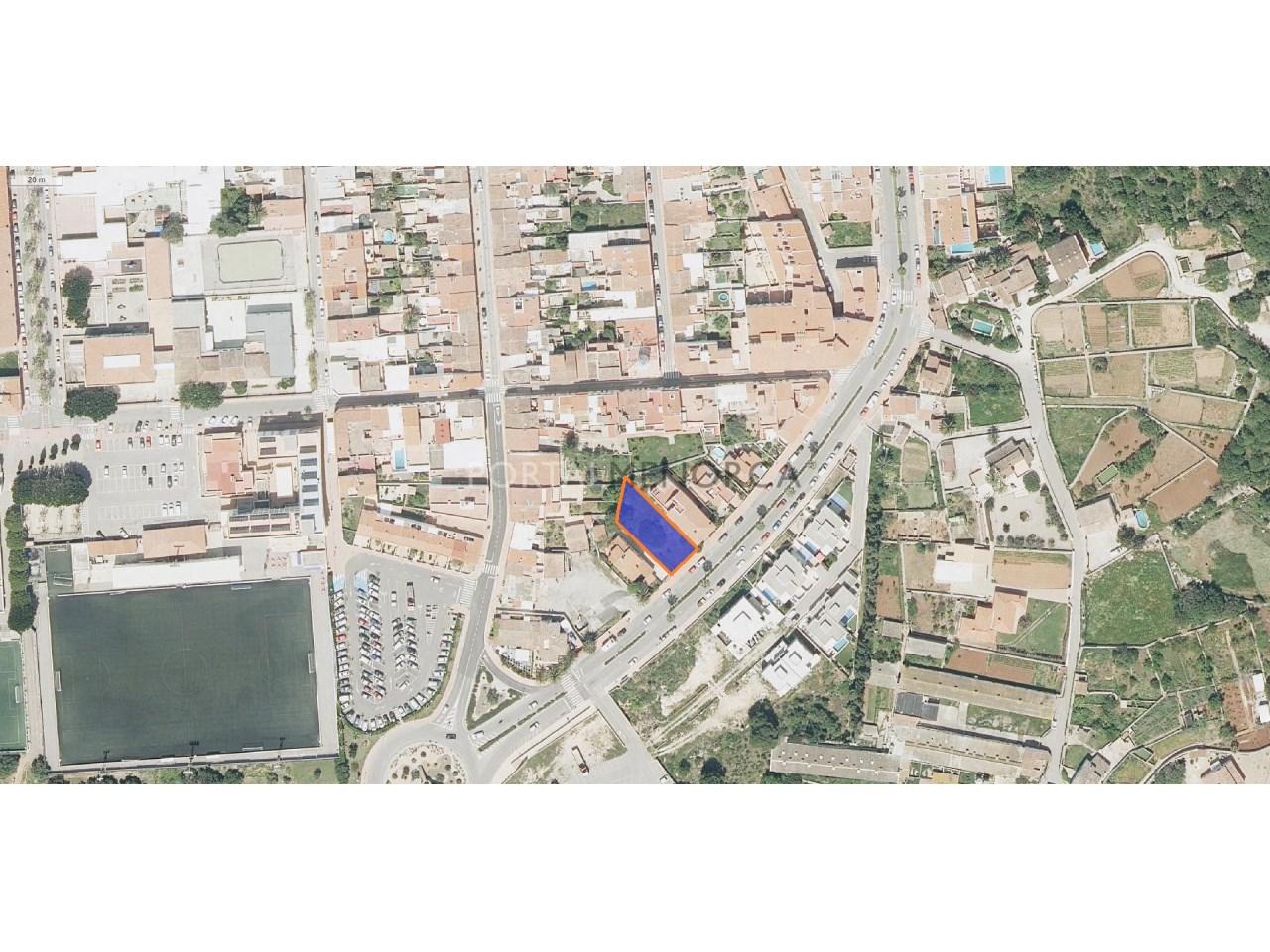 Parcela urbana en venta en Sant Lluís