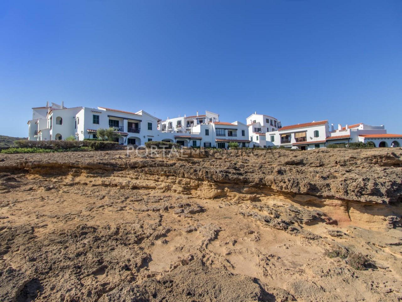 Apartamento cerca del mar en venta en Playas de Fornells