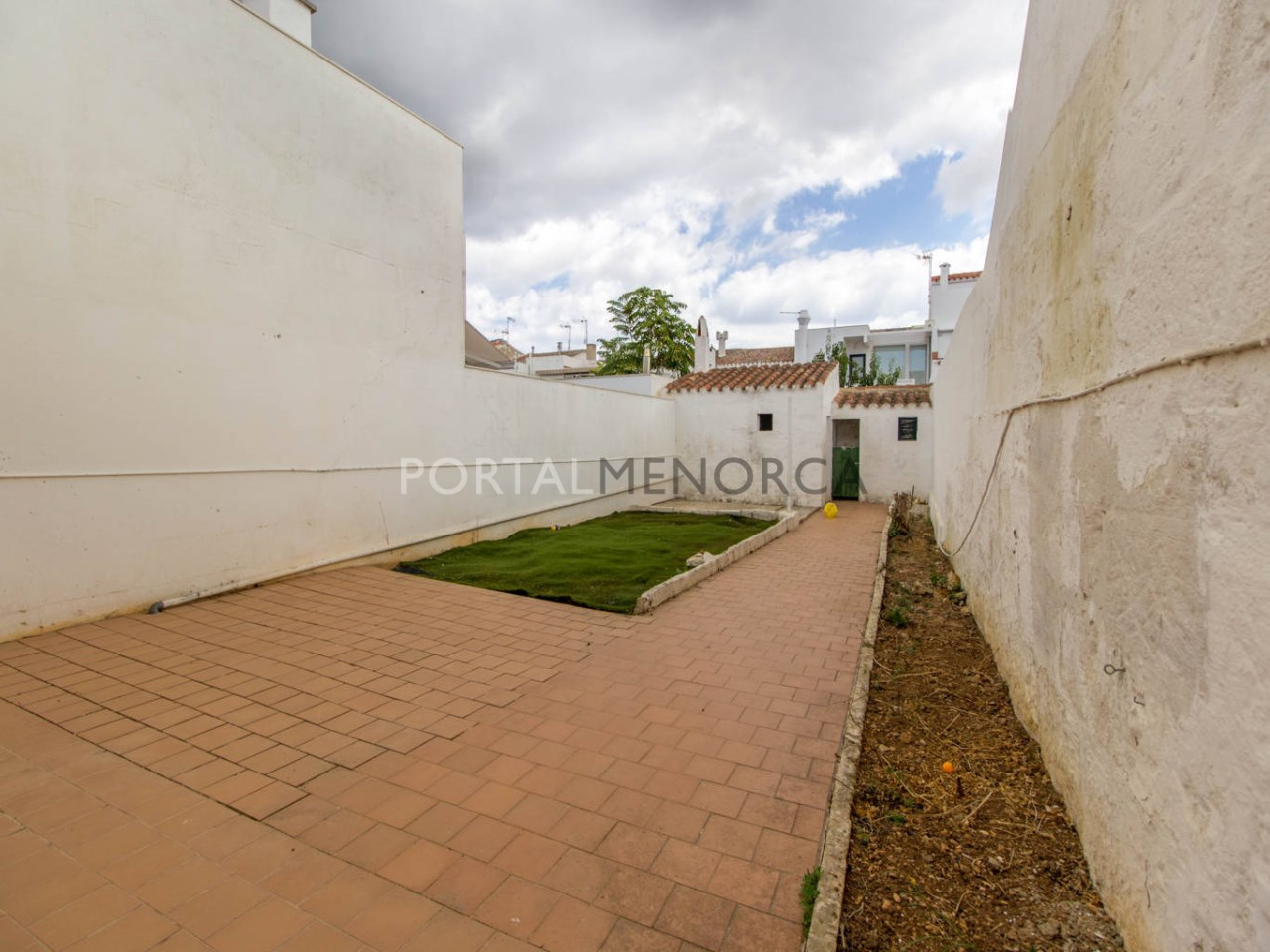 Townhouse with patio for sale in Sant Lluís