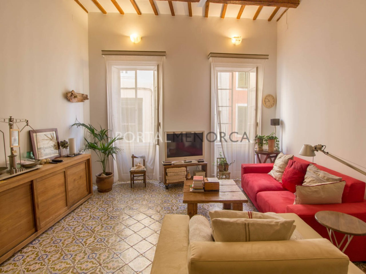 House with patio for sale in Mahón