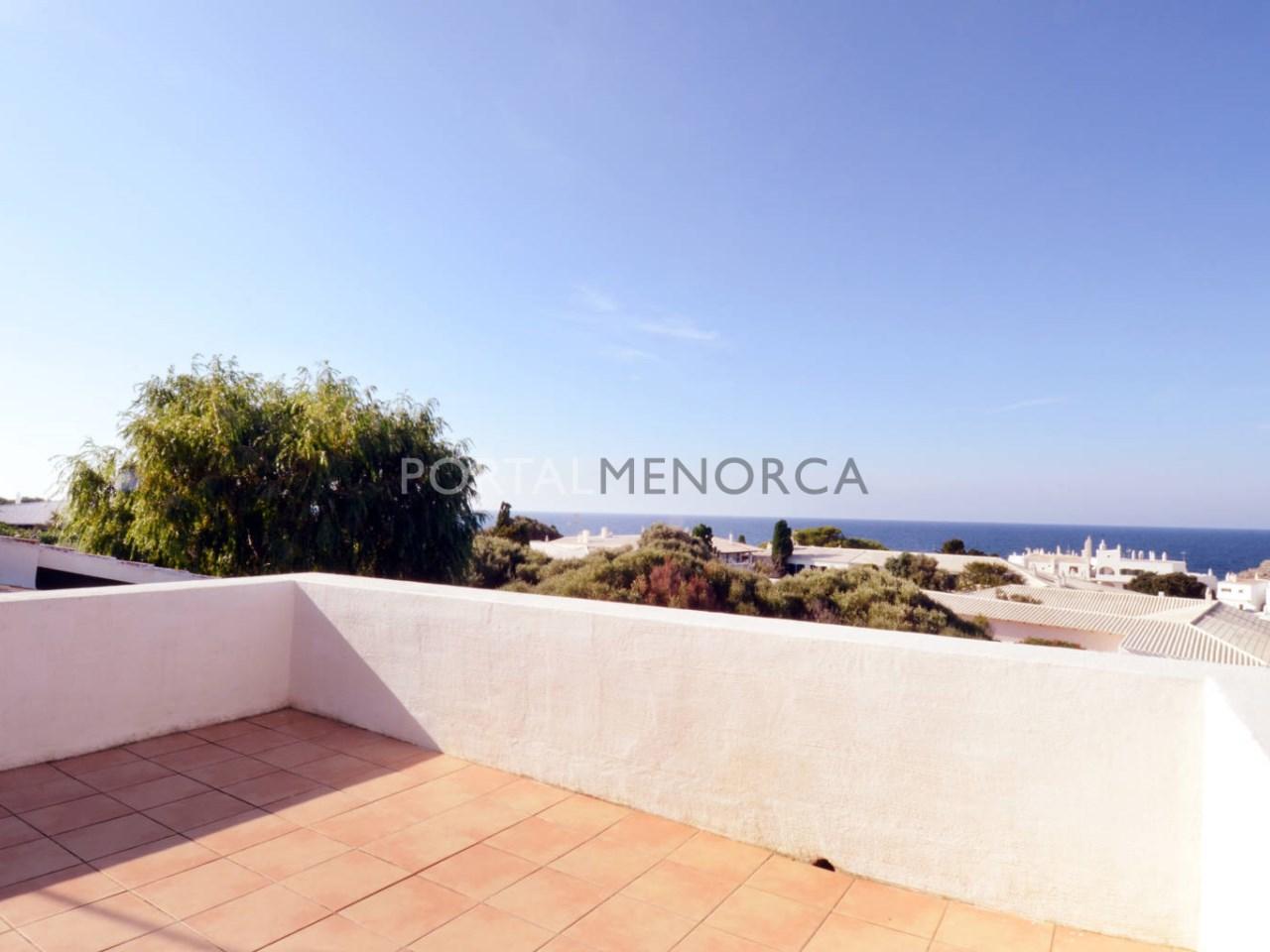 Chalet con vistas al mar y licencia turística en venta en Binibeca