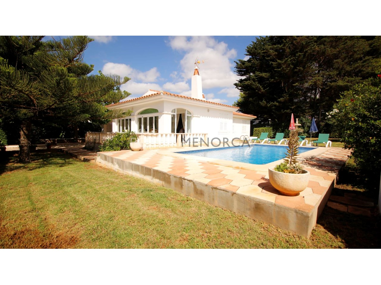 Villa with swimming pool and touristic licence for sale in Binibeca