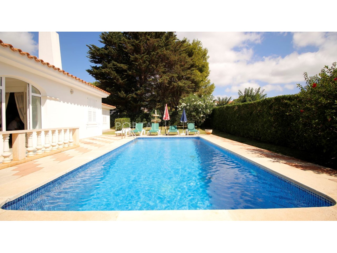 Villa with swimming pool for sale in Binibeca