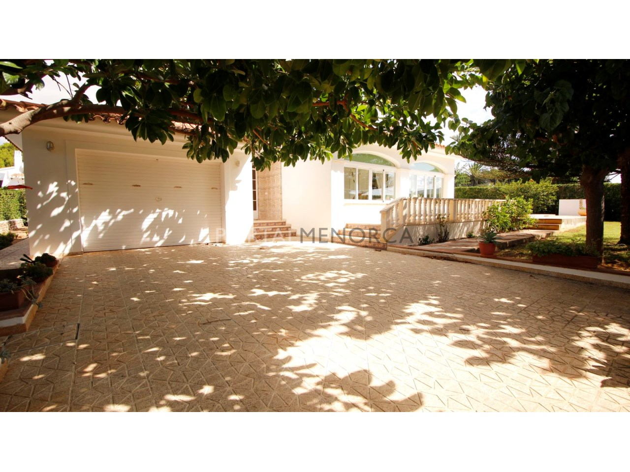 House by the sea for sale in Binibeca
