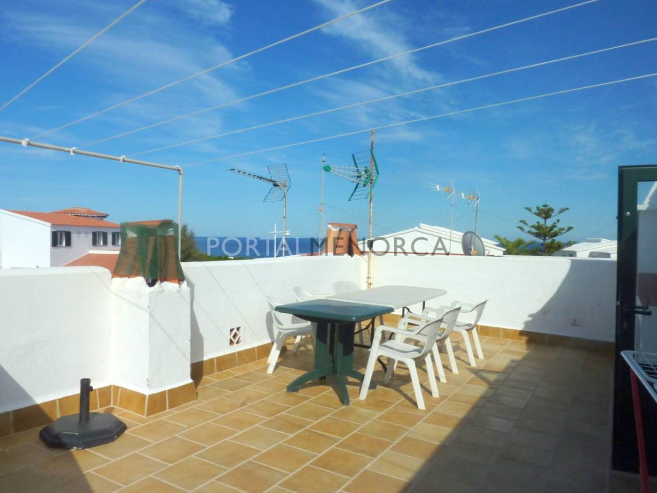 Apartamento en venta en S'Algar, Menorca con terraza y vistas al mar