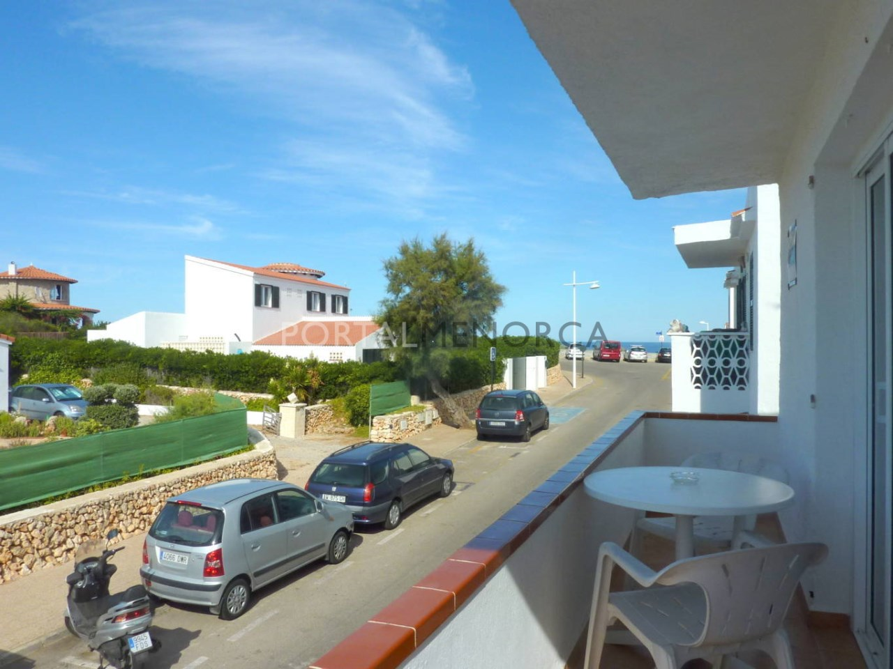 Flatt for sale in S'Algar, Menorca with sea view and balcony